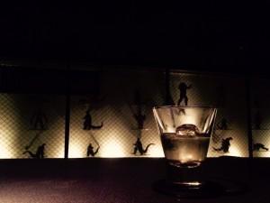 『一夜に三度、閉店する酒場』